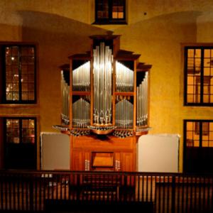 Órgão moderno da Igreja do Colégio