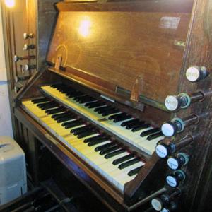 Consola do órgão da Igreja Matriz de Oliveira de Azeméis