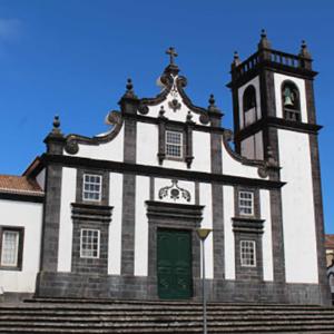 Igreja Matrizde Fenais da LuzIgreja Matrizde Fenais da Luz