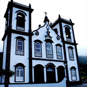 Igreja Matrizde Urzelina
